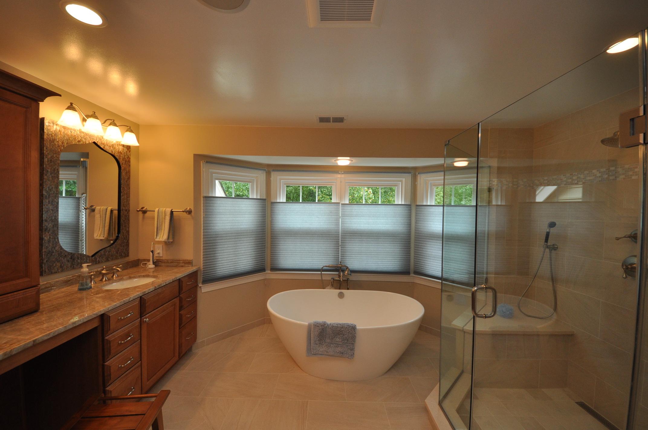 Smaller Spa Tub Master Bath – Remodel Virginia